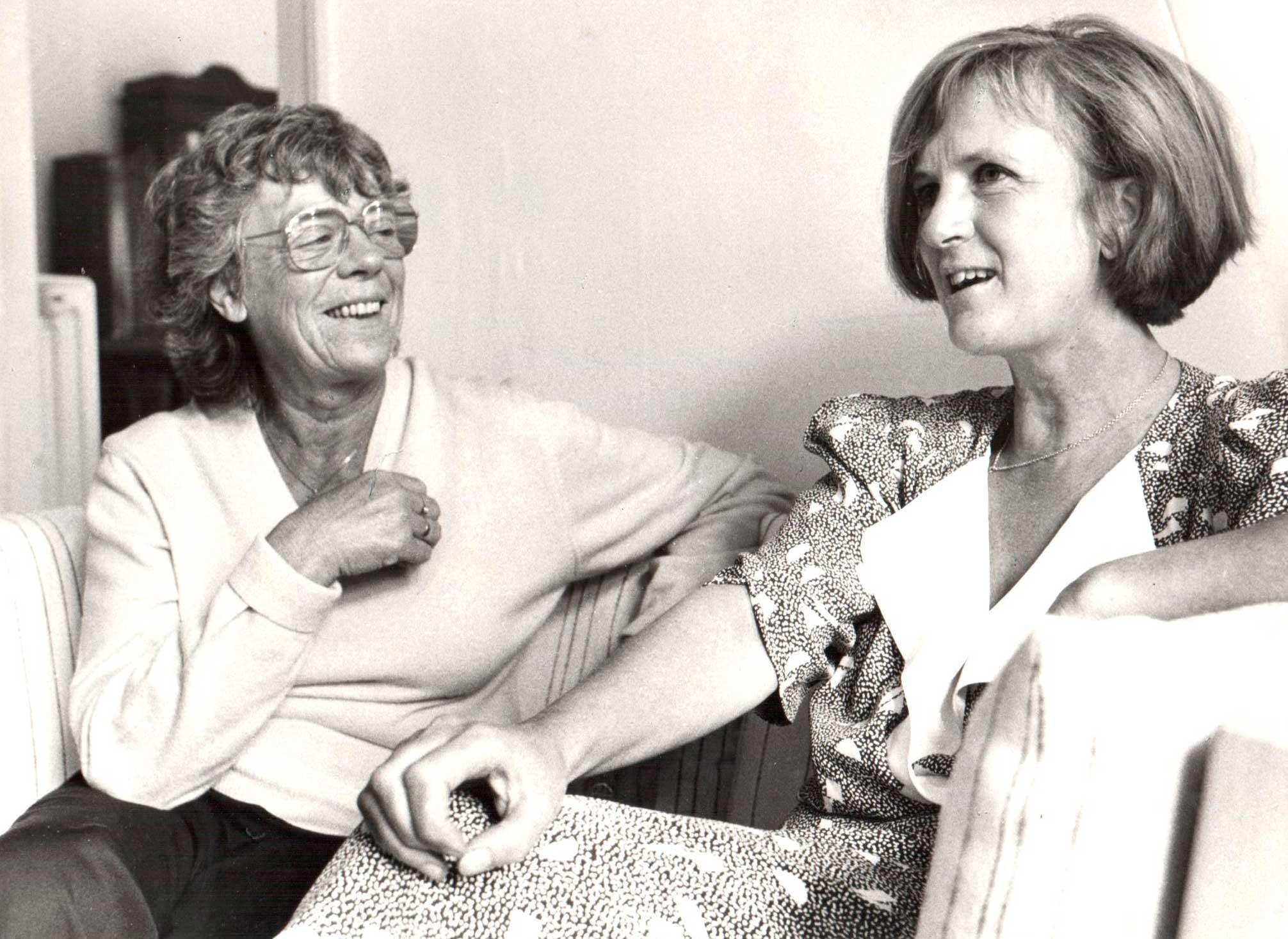 Pil Dahlerup og journalist Annelise Vestergaard 1987, foto Mik Eskestad